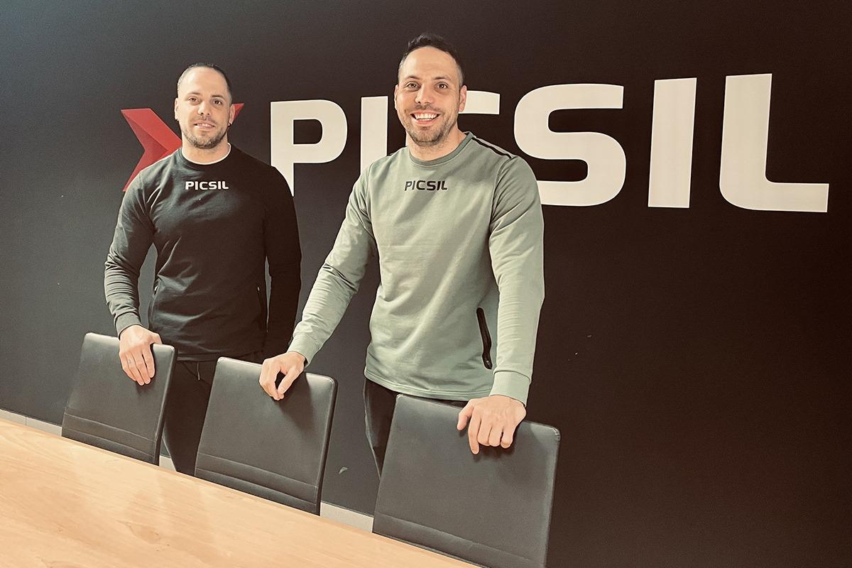 Los hermanos Silva fundaron la empresa PicSil en 2012.