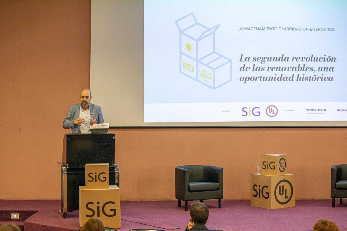 Xabier Barón, de SIG Coop., analizó algunos aspectos en los que debe incidir Navarra para liderar la hibridación energética.