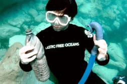 The-Gravity-Wave-océano-plástico-limpieza