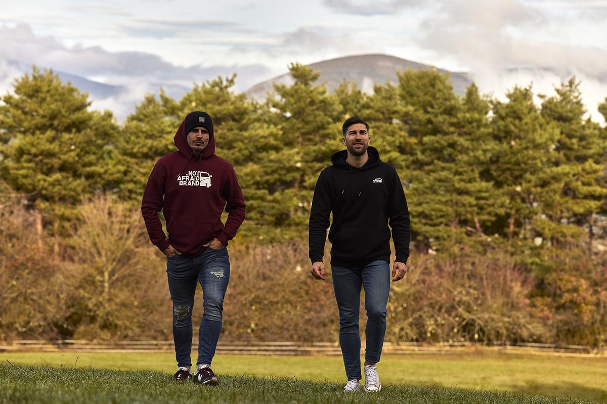 Jon Echaide (izda.) e Isaac Manjón (dcha.) han creado conjuntamente Not afraid Brand.