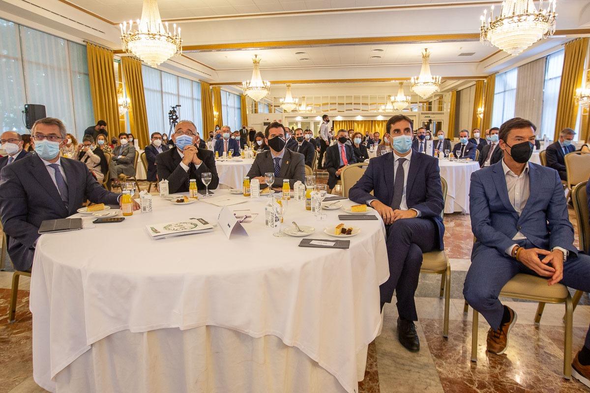 Desayuno Empresarial con Enrique Ordieres, presidente del Grupo Cinfa