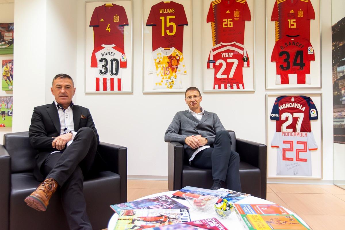 Williams y Moncayola son algunos de los futbolistas que representa Gidot Sport.