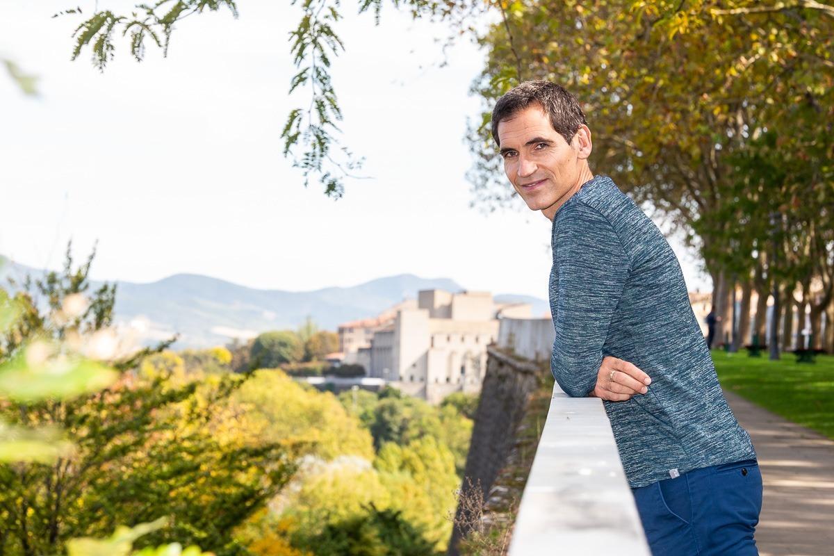 Josetxo lleva hoy una vida tranquila como funcionario del Ayuntamiento de Pamplona.