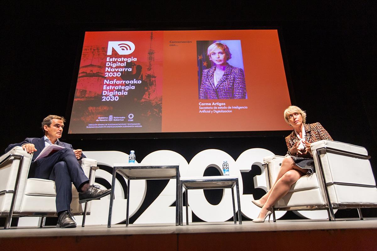 Guzmán Garmendia y Carme Artigas analizaron los desafíos actuales en el ámbito digital.