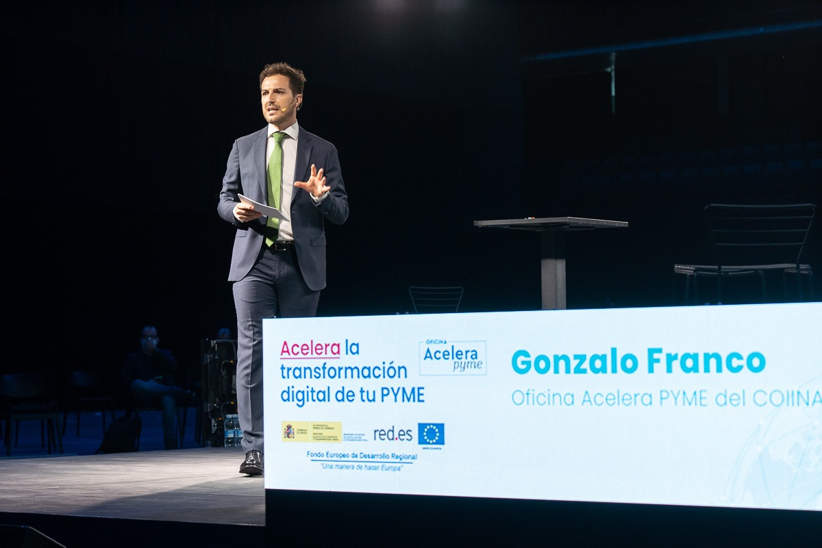 Gonzalo Franco presentó este jueves la Oficina Acelera Pyme del COIINA. (Fotos: Víctor Ruiz)