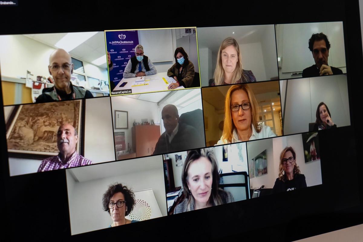 Patrocinadores y miembros del jurado, en la elección de los premiados, que se hizo vía 'online'.