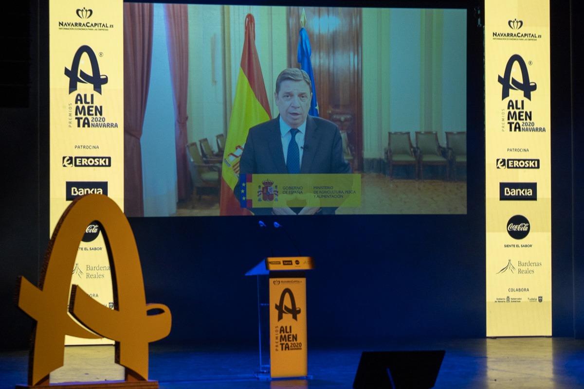 El ministro Luis Planas intervino en la gala por vía telemática.